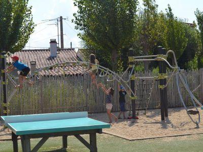 Aire de jeux enfants camping st jean de monts en vendée