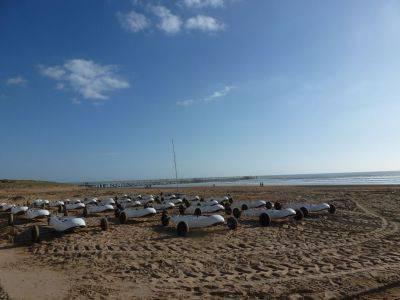 Char à voile sur la plage à st jean de monts vendée
